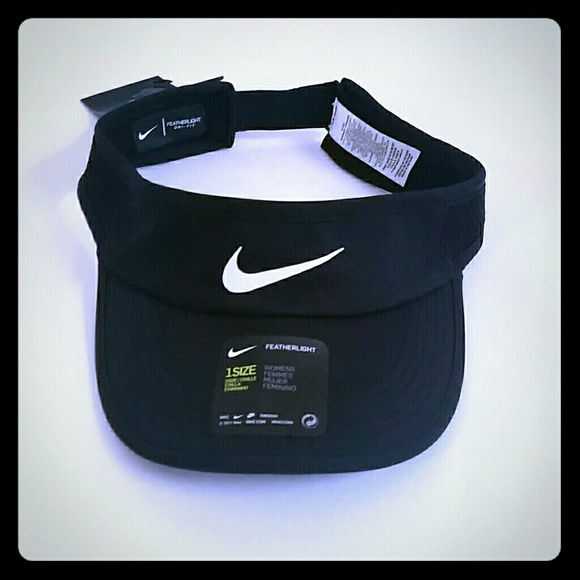 d75f936dfb9 Women s Nike Featherlight Tennis Visor